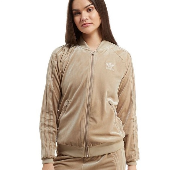 sale retailer new appearance how to buy Adidas Beige / Nude Velvet Superstar Track Jacket NWT
